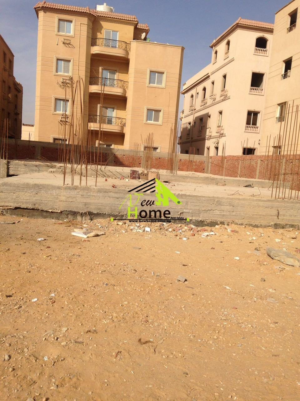 For sale apartment of villas Benfsj9 New Cairo Semi finished