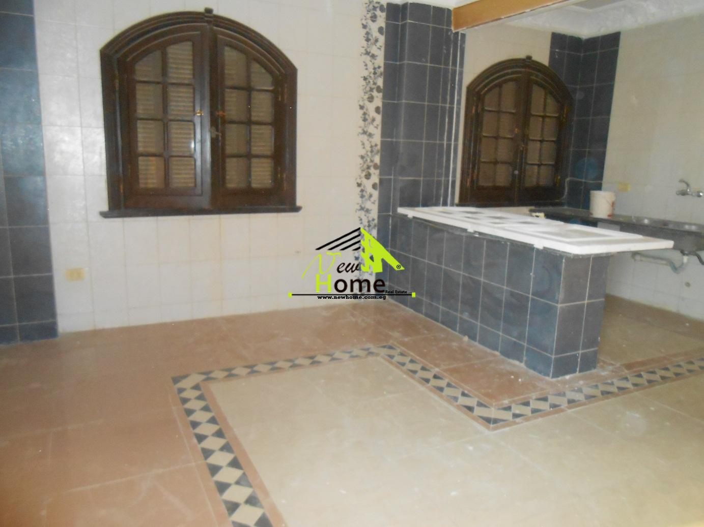 roof for rent  bnfsj3 first tagmoa new cairo