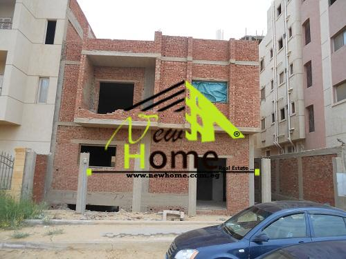 For Sale Building Mostsmron Ganoubia Fifth District near ninety Street