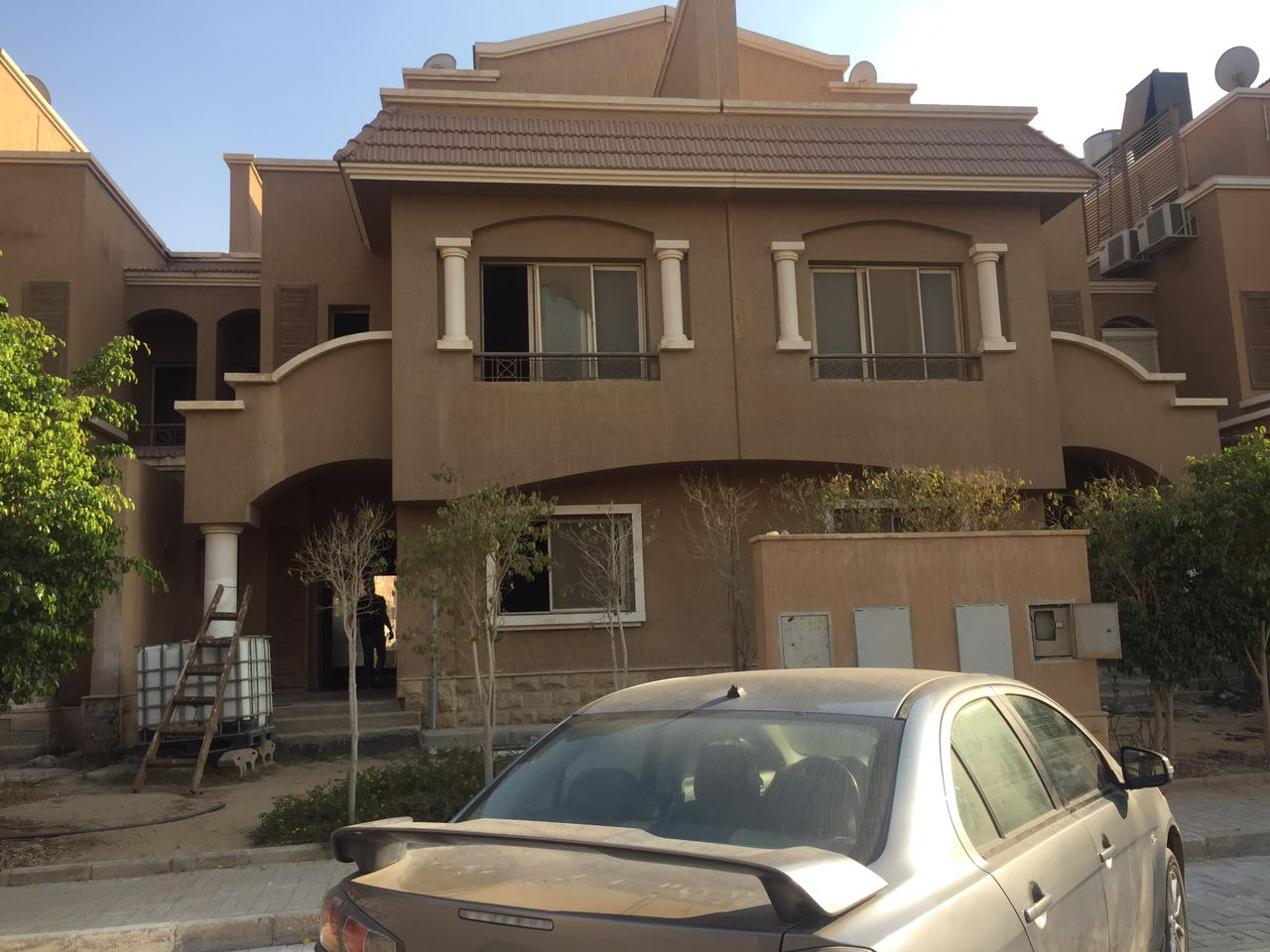 Town house for sale in mina residence compound new Cairo