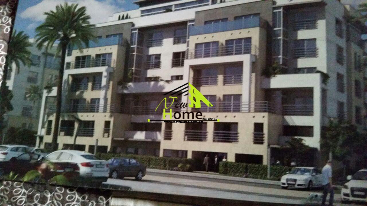 For Sale Flat compound Hyde Park fifth district nautical view lake