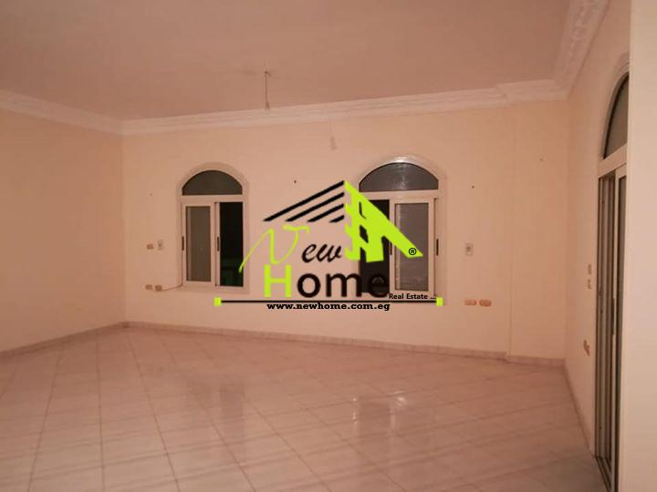 Apartment for rent, second district, fifth compound, 220 m, 2 bedrooms, 2 b