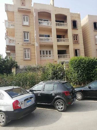 Apartment for sale in Dorra Cairo compound